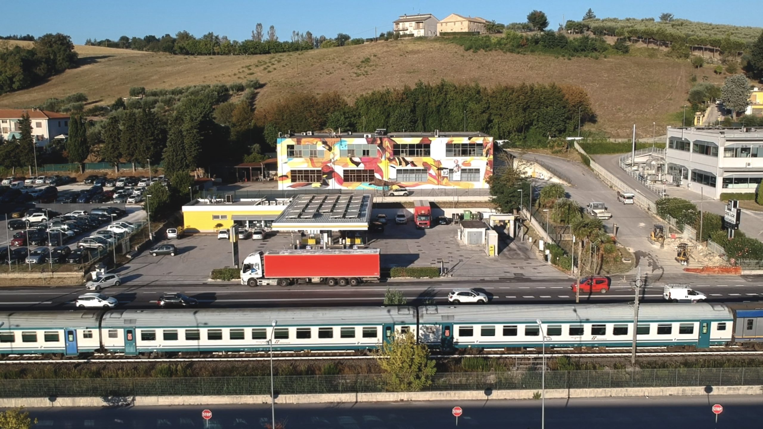 Capannone Industriale, Osimo - Opera di Giorgio Bartocci_